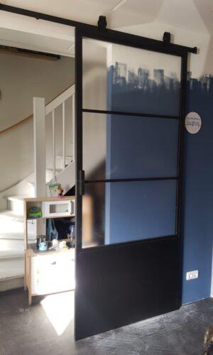 Stalen deuren - Stalen schuifdeur 30x30 profiel gemat glas