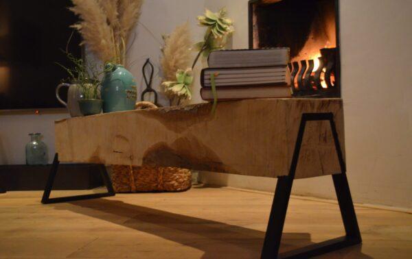 Stalen deuren, trapleuningen, meubels en lampen - Boomstam bank - Boomstam tafel - Balken Bank - Boomstam tv meubel - Delloire-Staal-Hout 12