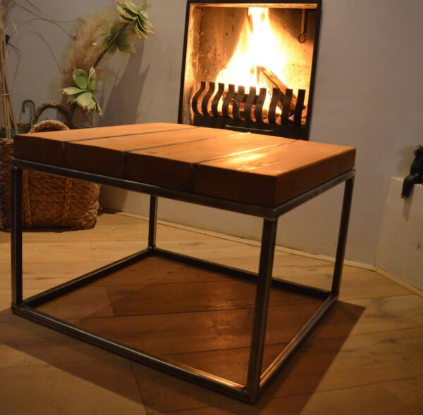 Stalen meubel - Stalen salontafel met hout - Balkentafel Indigo Blank stalen frame 1