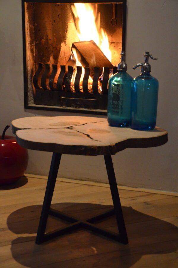 Boomstam salontafel bijzettafel Drie boom stalen frame zwart staal interieur