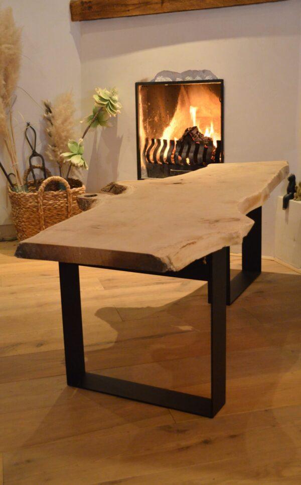 Stalen meubels - Boomstam bank tafel zwart stalen frame poedercoat blad