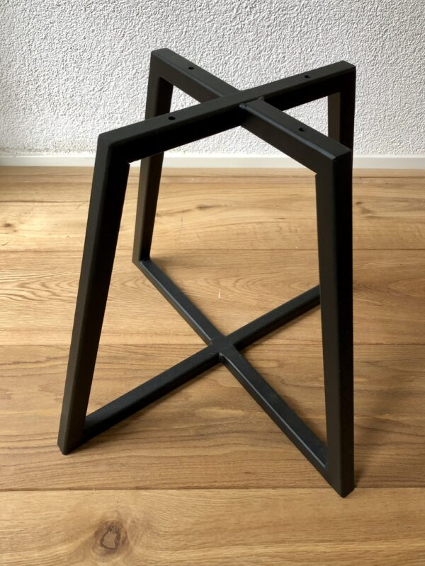 Stalen onderstel tafel - steel frame table - coating 2